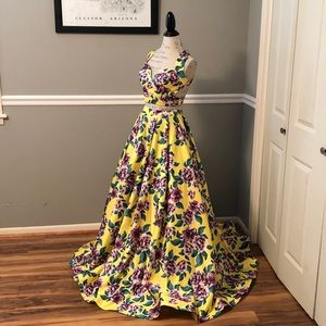 NEW RACHEL ALLEN TWO PIECE YELLOW FLORAL BALLGOWN